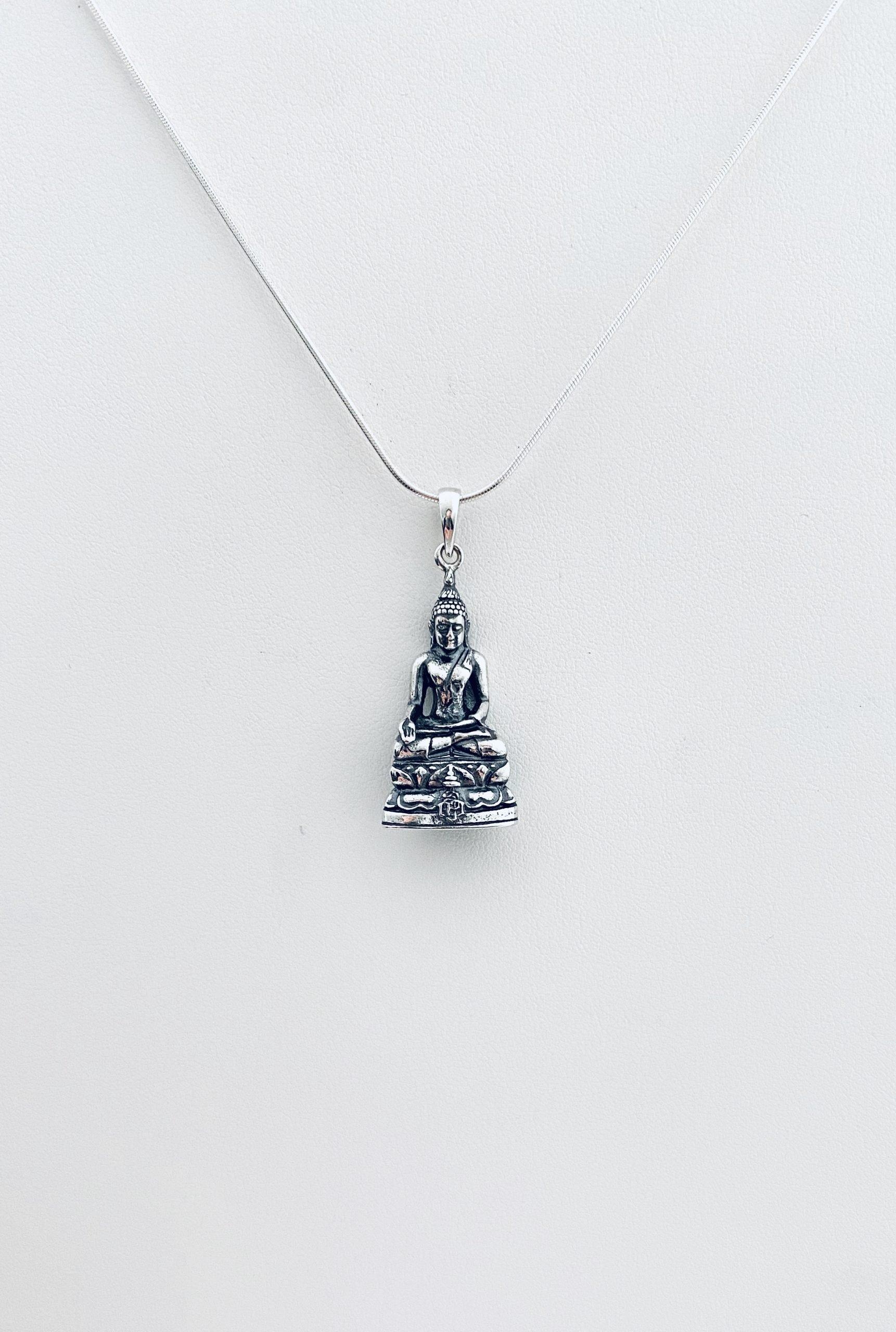 Hanger. Boeddha