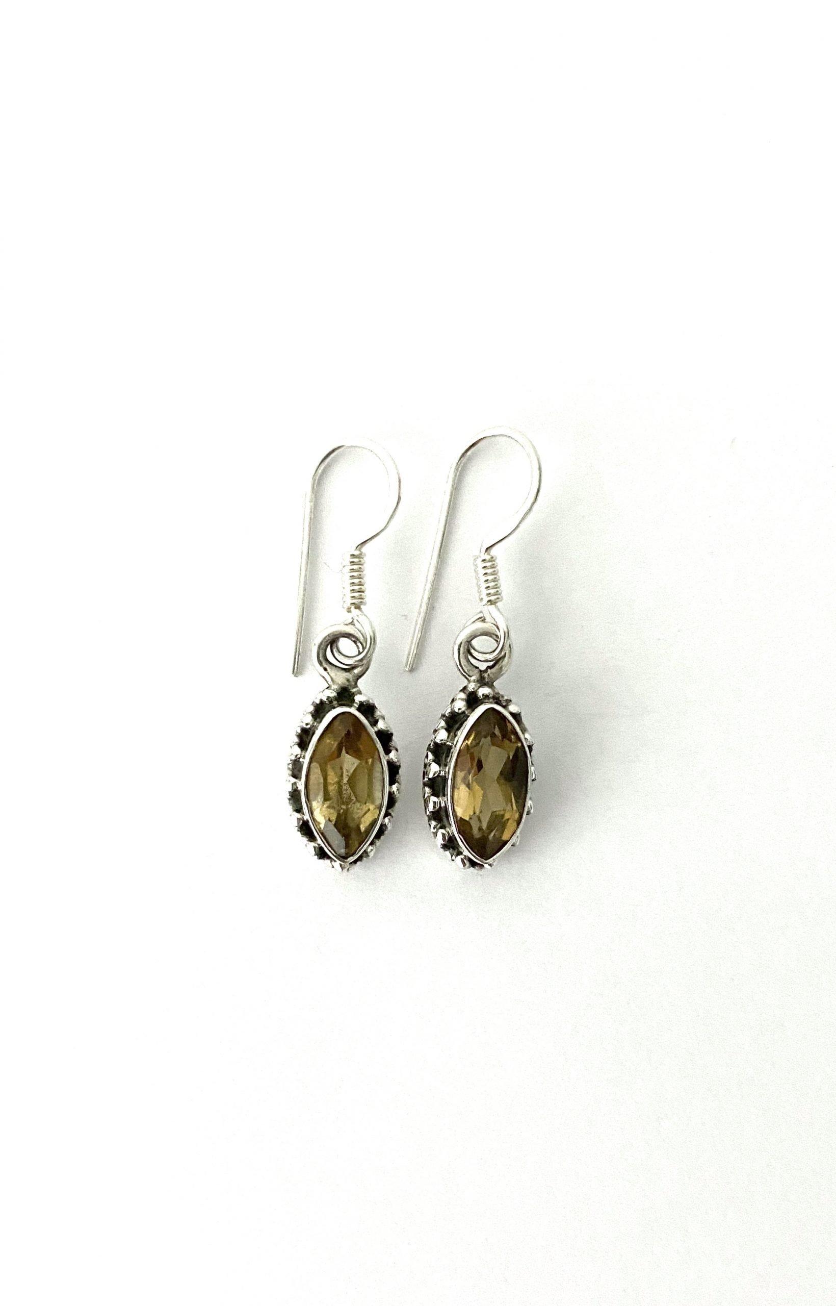 Zilveren oorbellen met citrien