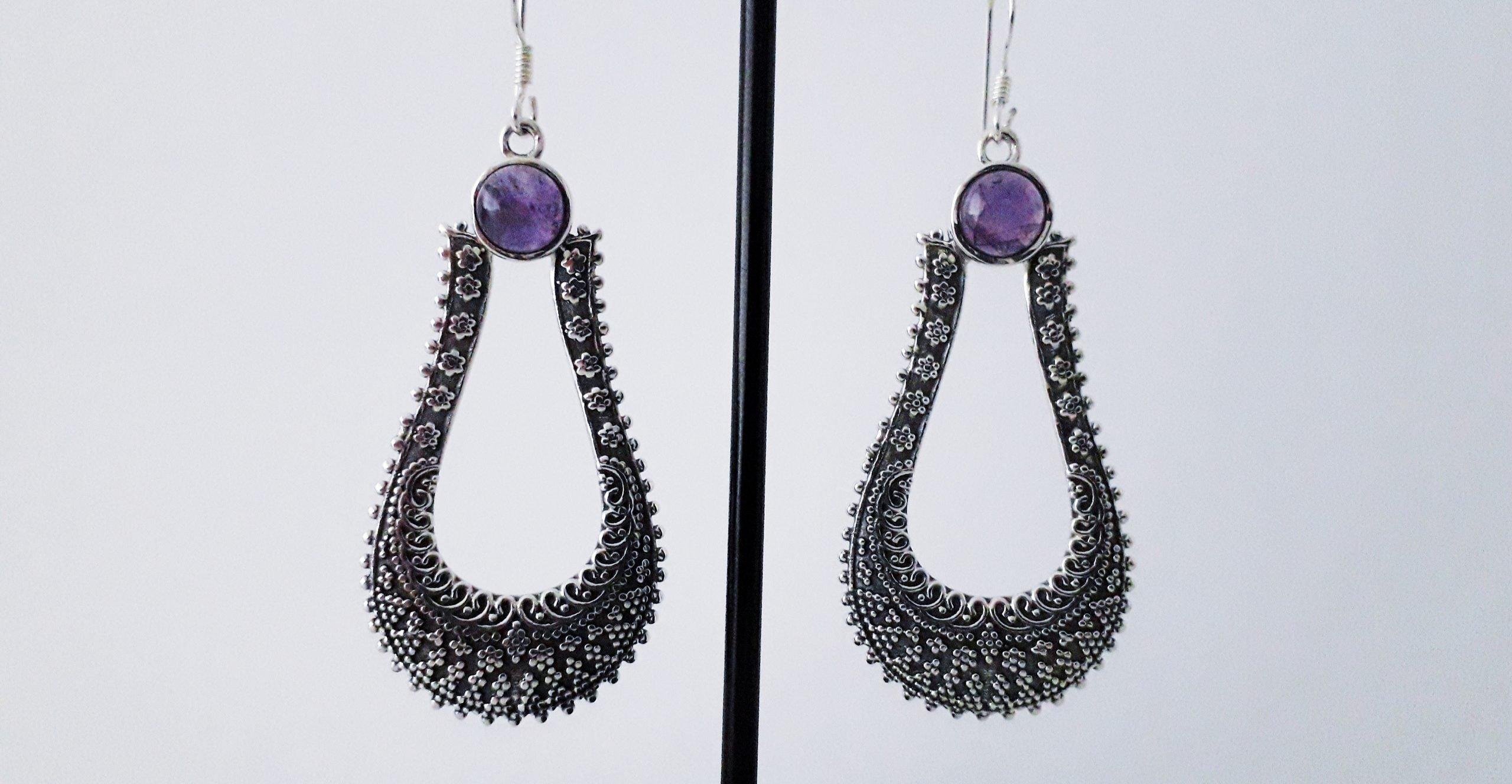 Zilveren oorbellen met amethyst