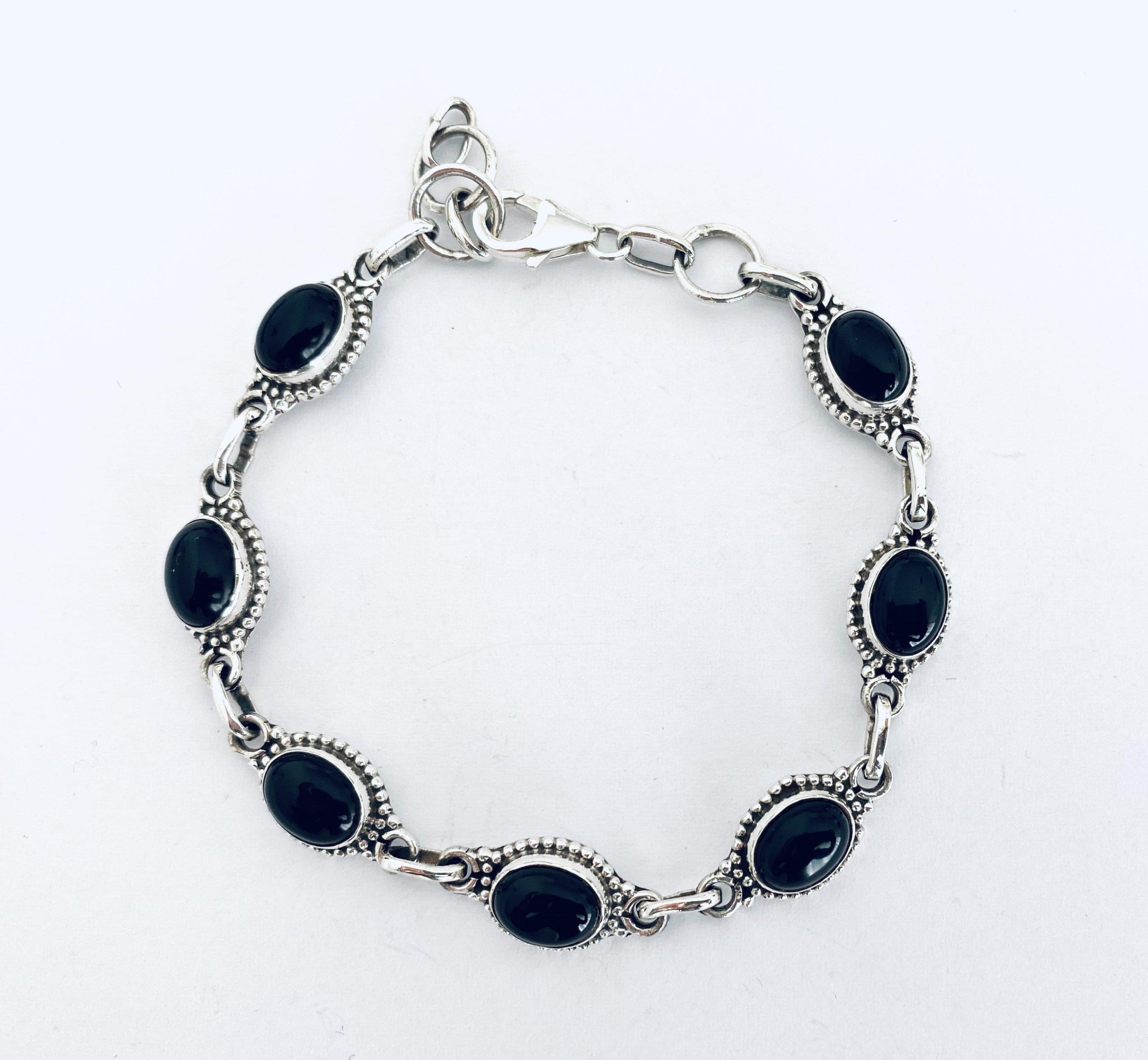 Zilveren armband met onyx