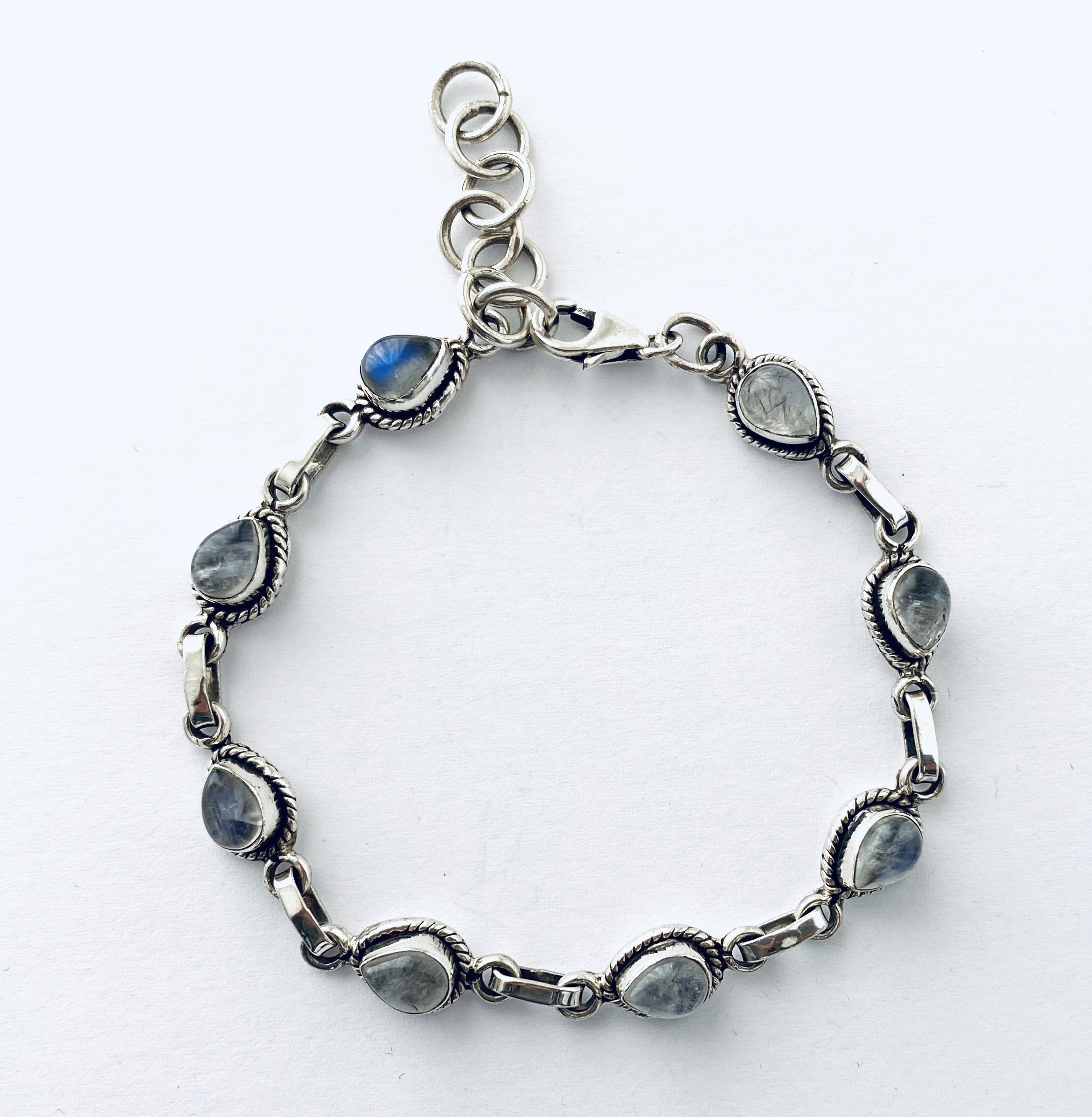 Zilveren armband met maansteen